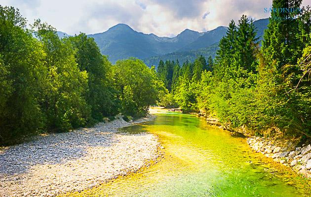 landscape-1326343 960 720